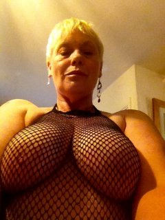 Gina milano naked tit
